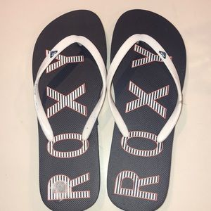 Roxy Flip Flops- BRAND NEW